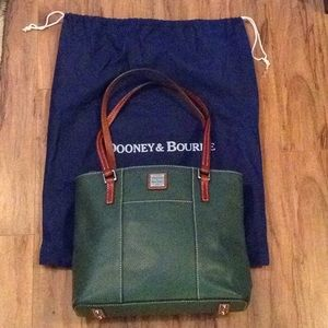 Dooney & Bourke DB leather shoulder handbag purse